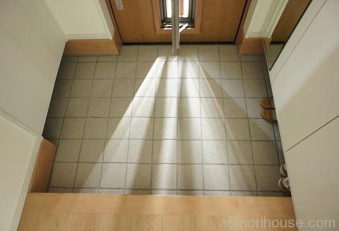 玄関ドア採風型オープン光